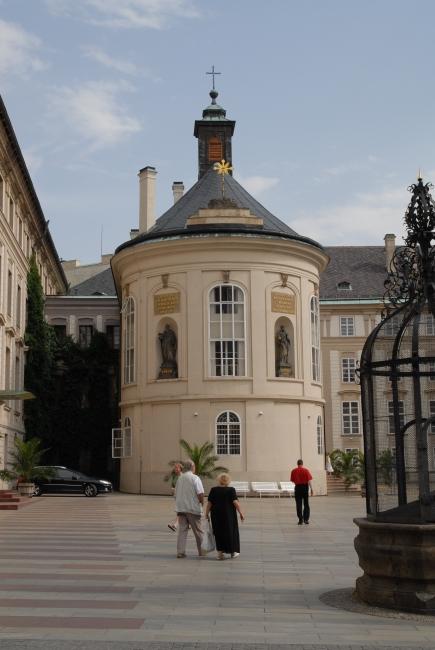 Pražský hrad, Kaple sv. Kříže PH