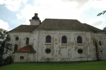 Kostel sv. v Mnichově u Mariánských lázní
